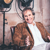 Super 8 Niagara Falls - Fallsview Hotel - Upcoming Events -  Chris de Burgh