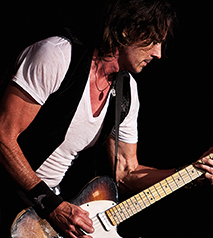 Ramada By Wyndham Niagara Falls By The River - Fallsview Hotel - Upcoming Events - Rick Springfield