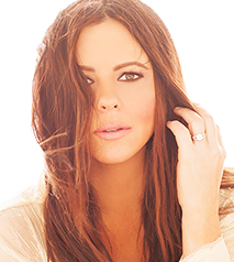 Sara Evans SAY THE WORDS TOUR Hotel Packages - Ramada by Wyndham Niagara Falls Near the Falls